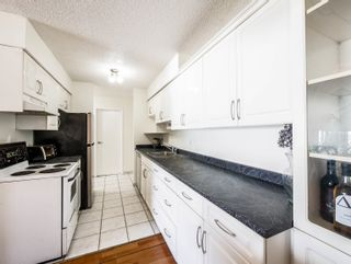 "Photo 1: 312 2450 CORNWALL Avenue in Vancouver: Kitsilano Condo for sale in ""THE OCEAN'S DOOR"" (Vancouver West)  : MLS®# R2620962"