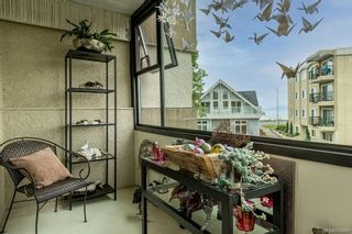 Photo 8: 303 137 Bushby St in : Vi Fairfield West Condo for sale (Victoria)  : MLS®# 874980