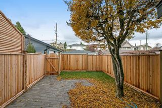 Photo 18: 266 E 9TH Street in North Vancouver: Central Lonsdale 1/2 Duplex for sale : MLS®# R2222181