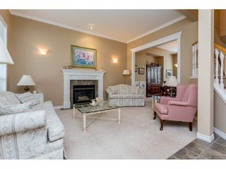 Photo 3: 6237 167A Street in Surrey: Cloverdale BC House for sale (Cloverdale)  : MLS®# R2097279