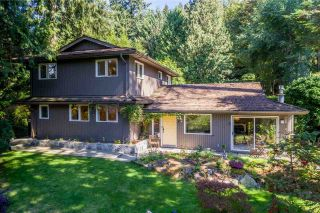 Main Photo: 5369 BROOKSIDE Avenue in West Vancouver: Caulfeild House for sale : MLS®# R2526225