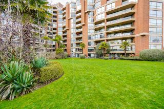 """Photo 30: 102 1450 PENNYFARTHING Drive in Vancouver: False Creek Condo for sale in """"Harbour Cove"""" (Vancouver West)  : MLS®# R2560607"""