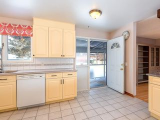 Photo 11: 5115 BULYEA Road NW in Calgary: Brentwood Detached for sale : MLS®# C4278315