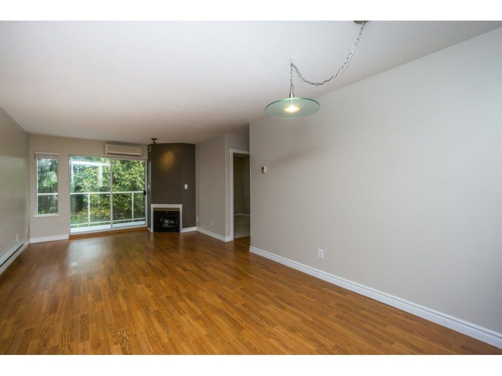"""Photo 8: Photos: 302 33839 MARSHALL Road in Abbotsford: Central Abbotsford Condo for sale in """"Cityscape"""" : MLS®# R2106369"""