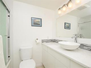 Photo 14: 403 25 Government St in VICTORIA: Vi James Bay Condo for sale (Victoria)  : MLS®# 749293
