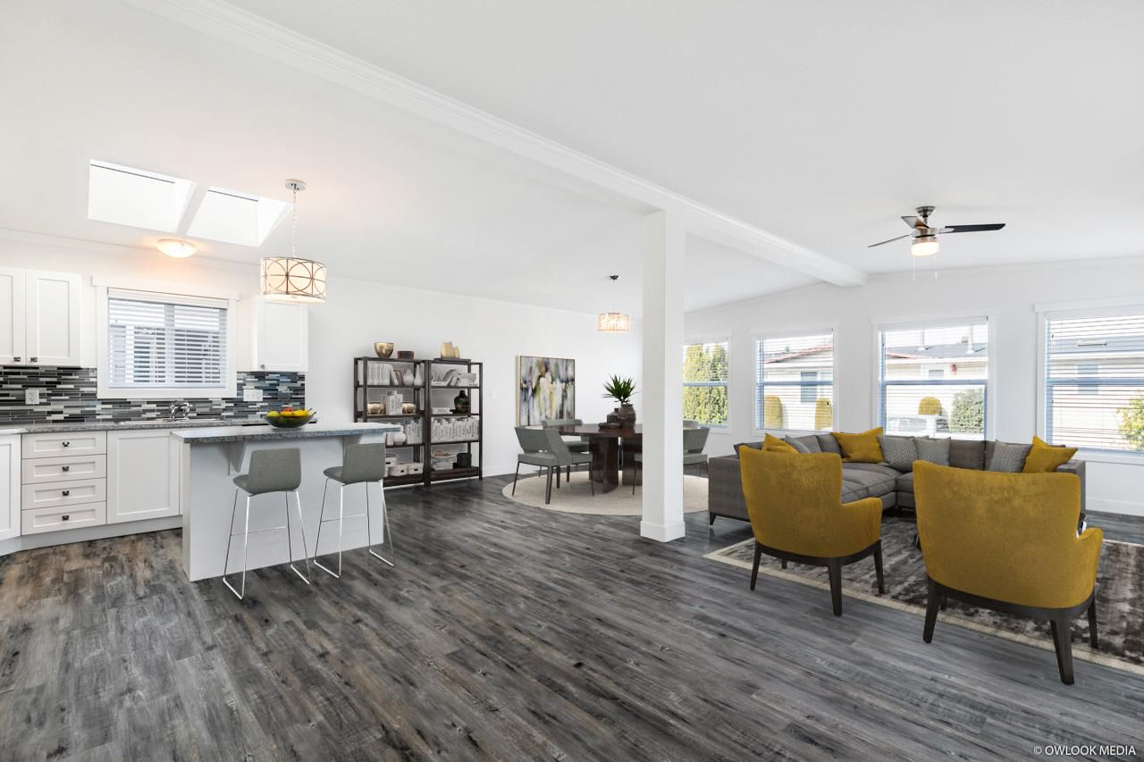 """Main Photo: 23 2303 CRANLEY Drive in Surrey: King George Corridor Manufactured Home for sale in """"Sunnyside Estates"""" (South Surrey White Rock)  : MLS®# R2550516"""