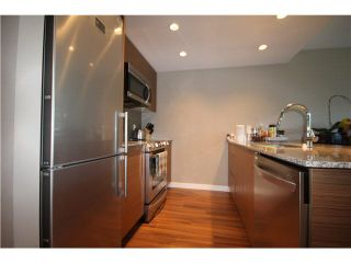 """Photo 4: 1104 135 E 17TH Street in North Vancouver: Central Lonsdale Condo for sale in """"Local on Lonsdale"""" : MLS®# V1137022"""