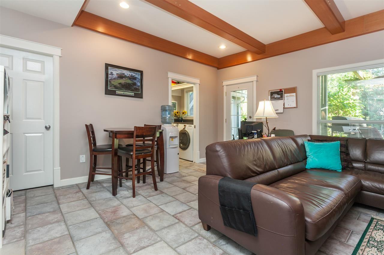 Photo 14: Photos: 24072 109 Avenue in Maple Ridge: Cottonwood MR House for sale : MLS®# R2218573