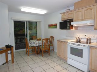"""Photo 3: 311 1150 LYNN VALLEY Road in North Vancouver: Lynn Valley Condo for sale in """"The Laurels"""" : MLS®# R2216205"""