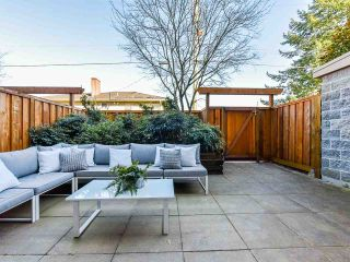 """Photo 3: 103 702 E KING EDWARD Avenue in Vancouver: Fraser VE Condo for sale in """"Magnolia"""" (Vancouver East)  : MLS®# R2446677"""