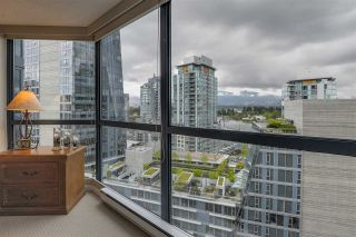 """Photo 18: 902 1415 W GEORGIA Street in Vancouver: Coal Harbour Condo for sale in """"Palais Georgia"""" (Vancouver West)  : MLS®# R2163813"""
