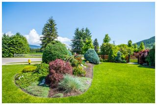 Photo 6: 1890 Southeast 18A Avenue in Salmon Arm: Hillcrest House for sale : MLS®# 10147749