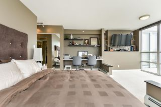 """Photo 23: 1902 1228 MARINASIDE Crescent in Vancouver: Yaletown Condo for sale in """"Crestmark II"""" (Vancouver West)  : MLS®# R2582919"""