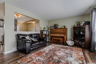 Photo 3: 618 1st Street South in Martensville: Residential for sale : MLS®# SK852334