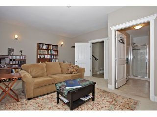 """Photo 17: 2 15454 32ND Avenue in Surrey: Grandview Surrey Townhouse for sale in """"Nuvo"""" (South Surrey White Rock)  : MLS®# F1324116"""
