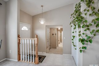 Photo 3: 427 Briarvale Court in Saskatoon: Briarwood Residential for sale : MLS®# SK842711