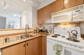 """Photo 8: 407 680 CLARKSON Street in New Westminster: Downtown NW Condo for sale in """"THE CLARKSON"""" : MLS®# R2595710"""