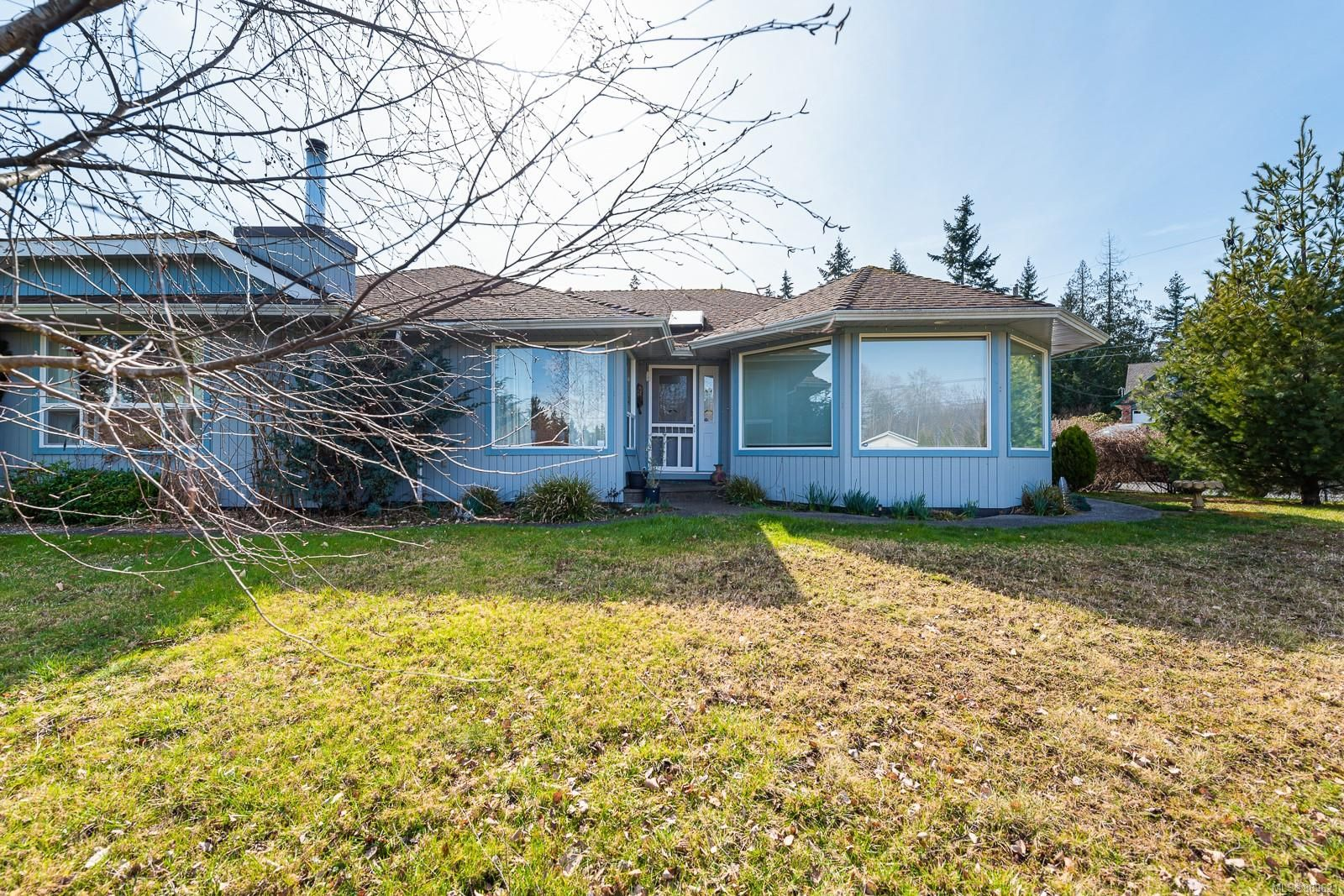 Main Photo: 155 Bayridge Pl in : PQ Bowser/Deep Bay House for sale (Parksville/Qualicum)  : MLS®# 869621