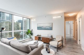 Photo 2: 2205 1238 MELVILLE Street in Vancouver: Coal Harbour Condo for sale (Vancouver West)  : MLS®# R2625071