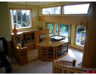 Photo 2: 13986 MARINE DR in White Rock: House for sale : MLS®# F2724884