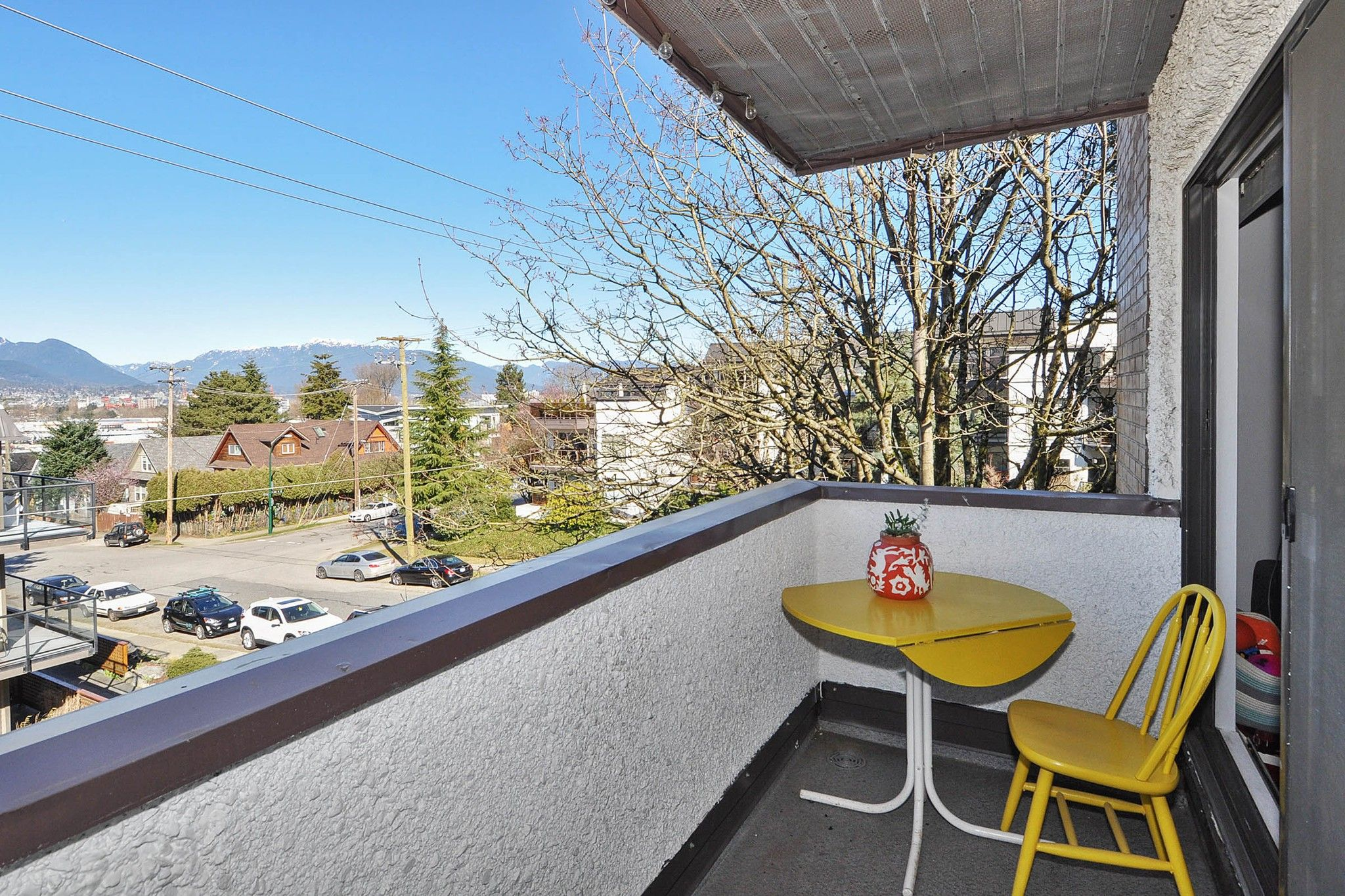 """Photo 17: Photos: 302 391 E 7TH Avenue in Vancouver: Mount Pleasant VE Condo for sale in """"OAKWOOD PARK"""" (Vancouver East)  : MLS®# R2352076"""