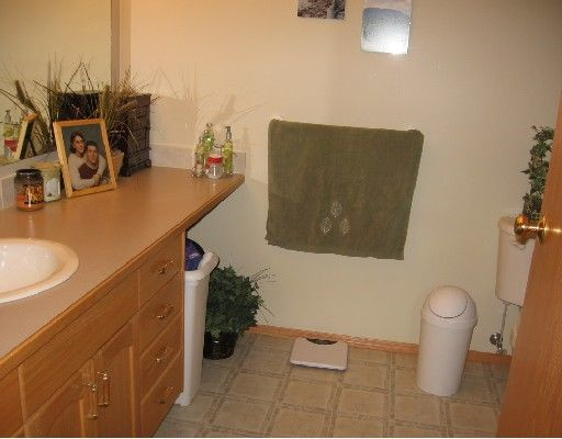 """Photo 9: Photos: 4605 BARBER Court in Fort_Nelson: Fort Nelson -Town House for sale in """"MIDTOWN"""" (Fort Nelson (Zone 64))  : MLS®# N188678"""