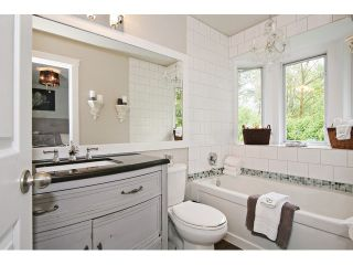 """Photo 14: 21510 83B Avenue in Langley: Walnut Grove House for sale in """"Forest Hills"""" : MLS®# F1442407"""