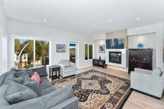 Photo 6: 2205 Echo Valley Rise in : La Bear Mountain Row/Townhouse for sale (Langford)  : MLS®# 867125