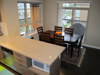 "Photo 9: 310 1150 KENSAL Place in Coquitlam: New Horizons Condo for sale in ""Thomas House"" : MLS®# R2024529"