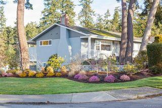 Photo 1: 704 Brookridge Pl in VICTORIA: SW Northridge House for sale (Saanich West)  : MLS®# 811584