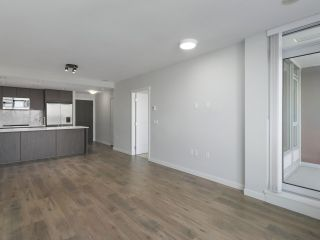 """Photo 6: 906 3281 E KENT NORTH Avenue in Vancouver: South Marine Condo for sale in """"RHYTHM BY POLYGON"""" (Vancouver East)  : MLS®# R2447202"""