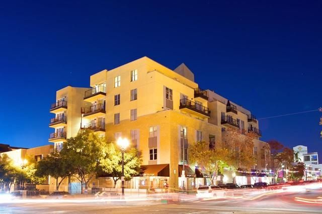 Main Photo: DOWNTOWN Condo for rent : 1 bedrooms : 1608 India #208 in San Diego