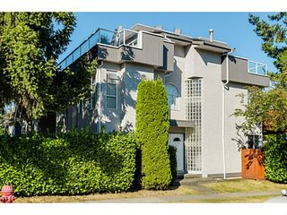 """Photo 1: 363 E 30TH Avenue in Vancouver: Main House for sale in """"MAIN STREET"""" (Vancouver East)  : MLS®# V1085412"""