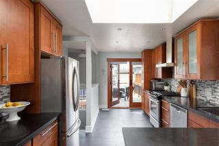 Photo 7: 328 W 26 Street in North Vancouver: Upper Lonsdale House for sale : MLS®# R2565623