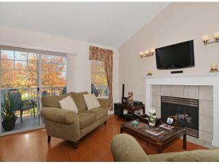 "Photo 2: 14 20788 87TH Avenue in Langley: Walnut Grove Townhouse for sale in ""Kensington Village"" : MLS®# F1323786"