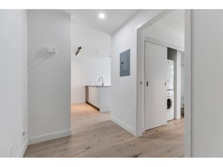 """Photo 2: 1704 128 W CORDOVA Street in Vancouver: Downtown VW Condo for sale in """"WOODWARDS"""" (Vancouver West)  : MLS®# R2592545"""