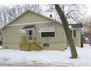 Photo 2: 195 LANARK Street in WINNIPEG: River Heights / Tuxedo / Linden Woods Residential for sale (South Winnipeg)  : MLS®# 2804214