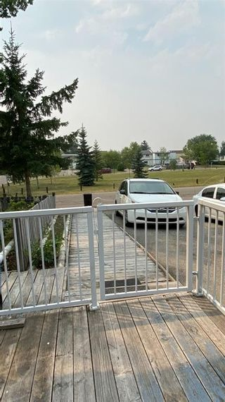 Photo 4: 318 43 Street SE in Calgary: Forest Heights Row/Townhouse for sale : MLS®# A1136243