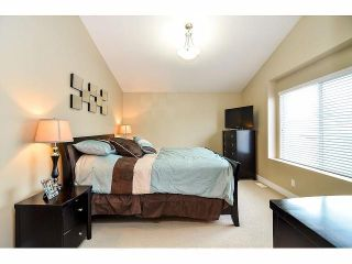 """Photo 11: 6350 167B Street in Surrey: Cloverdale BC House for sale in """"CLOVER RIDGE"""" (Cloverdale)  : MLS®# F1430090"""