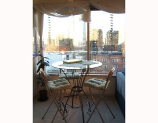 """Photo 5: 611 1177 HORNBY Street in Vancouver: Downtown VW Condo for sale in """"LONDON PLACE"""" (Vancouver West)  : MLS®# V759818"""