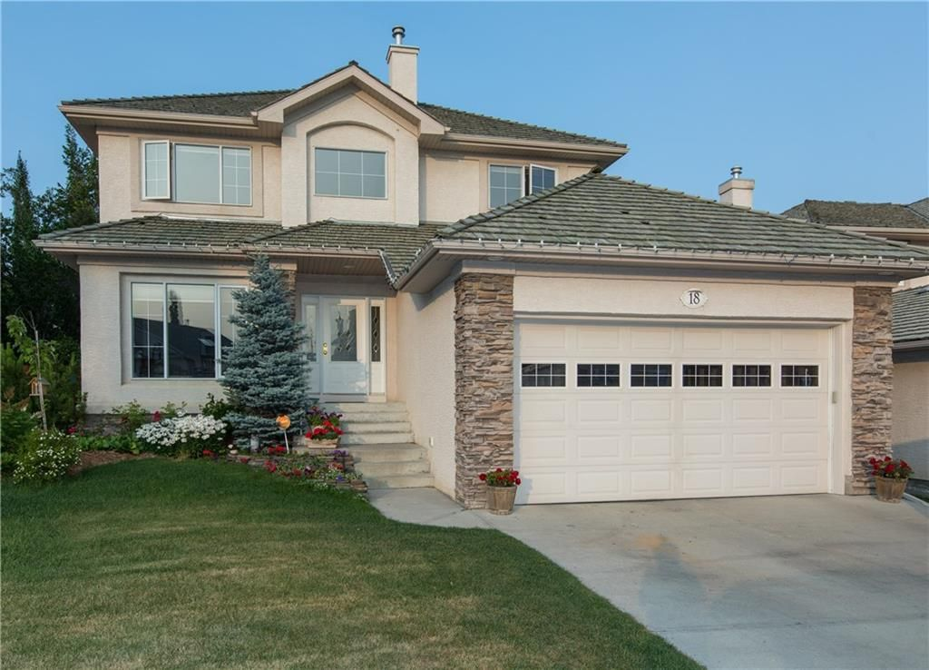 Main Photo: 18 SCENIC RIDGE Way NW in Calgary: Scenic Acres Detached for sale : MLS®# C4223357