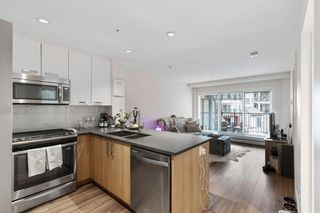 Photo 3: 210 510 Edmonton Trail NE in Calgary: Bridgeland/Riverside Apartment for sale : MLS®# A1102122