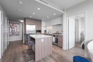 """Photo 5: 2305 680 SEYLYNN Crescent in North Vancouver: Lynnmour Condo for sale in """"Compass"""" : MLS®# R2409180"""