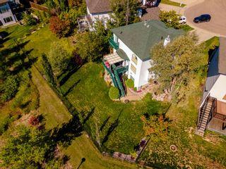 Photo 3: 13735 149 Avenue in Edmonton: Zone 27 House for sale : MLS®# E4261647