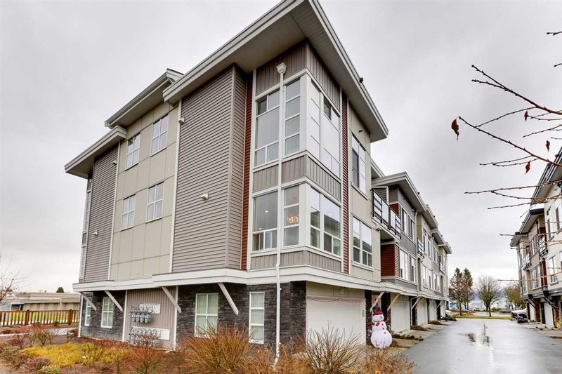 FEATURED LISTING: 6 - 8466 MIDTOWN Way Chilliwack