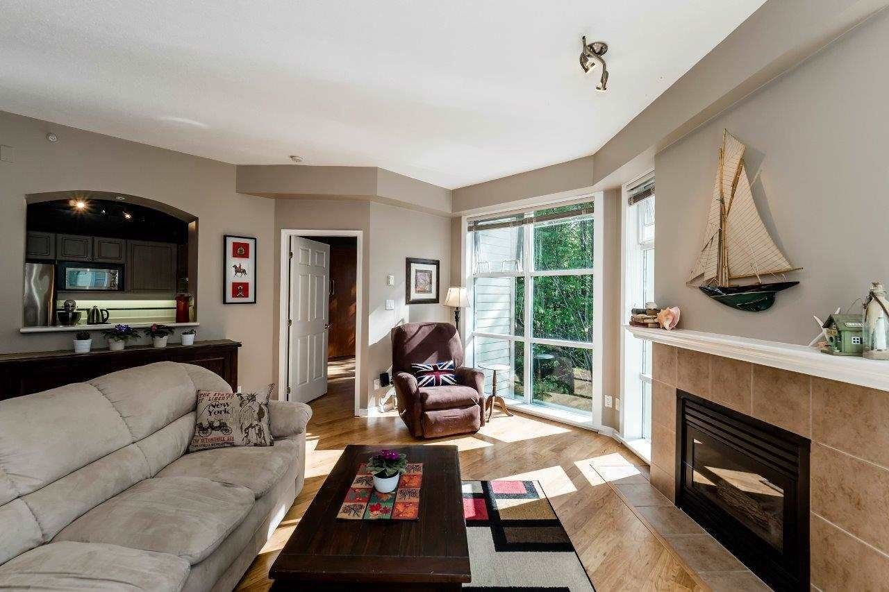 """Photo 2: Photos: 433 3600 WINDCREST Drive in North Vancouver: Roche Point Condo for sale in """"RAVENWOODS"""" : MLS®# R2072871"""