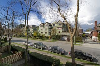 "Photo 29: # 213 2010 W 8TH AV in Vancouver: Kitsilano Condo for sale in ""AUGUSTINE GARDENS"" (Vancouver West)  : MLS®# V880530"