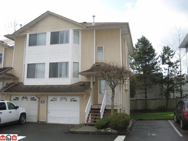 """Main Photo: 11 3087 IMMEL Street in Abbotsford: Central Abbotsford Townhouse for sale in """"CLAYBURN ESTATES"""""""