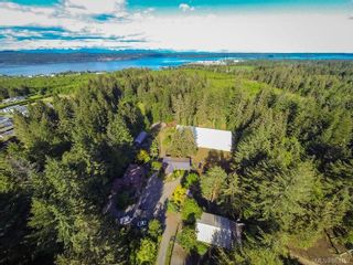 Photo 3: 4737 Gordon Rd in : CR Campbell River North House for sale (Campbell River)  : MLS®# 863352