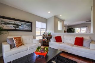 Photo 5: SAN DIEGO House for sale : 4 bedrooms : 2647 Cardinal Road